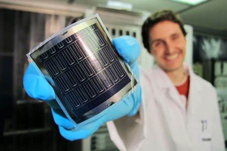 High-efficiency flexible CIGS solar cells on polyimide film developed at Empa with a novel process.